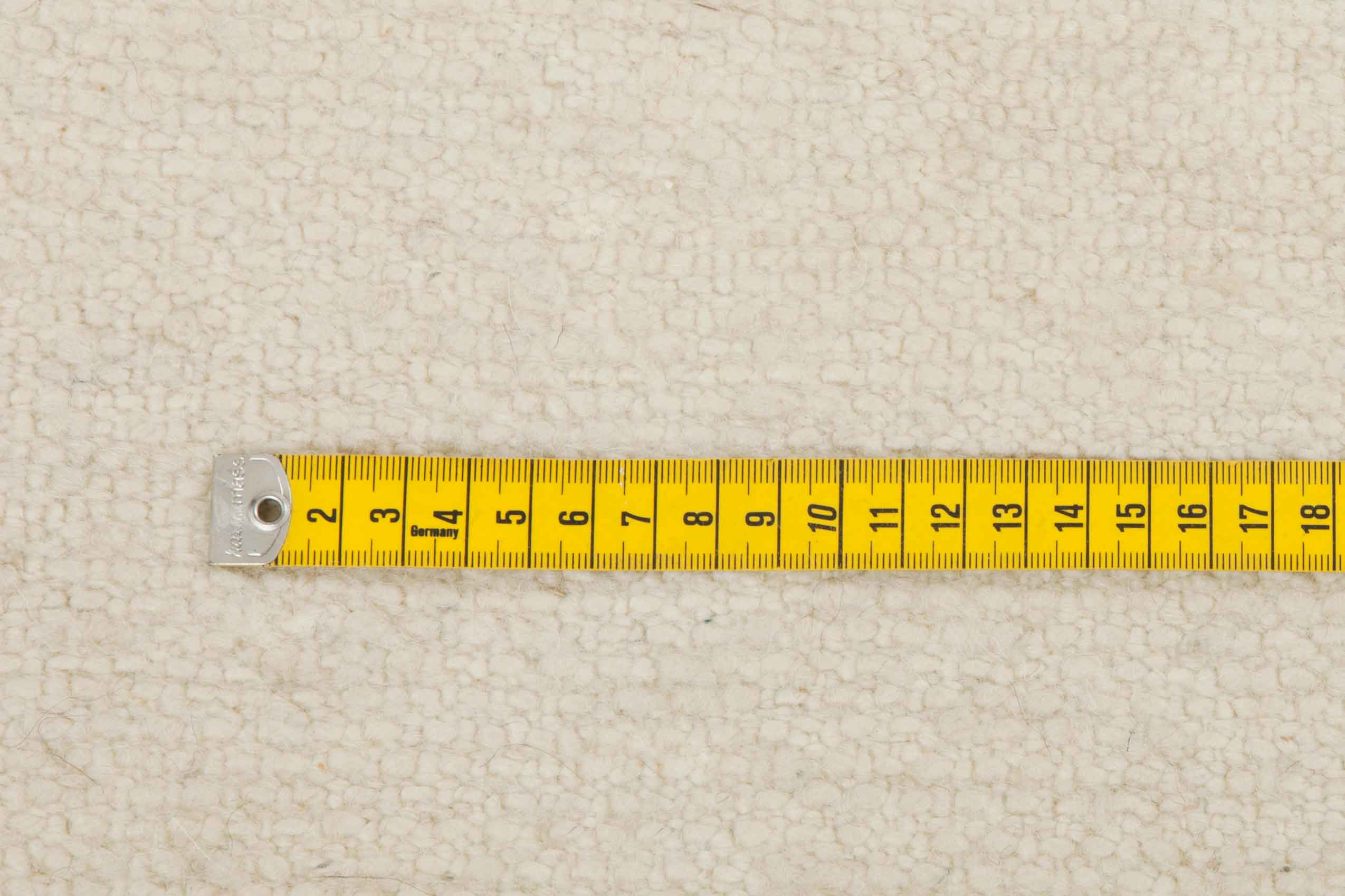 centimeters knots measurement white wool moroccan rugs 1