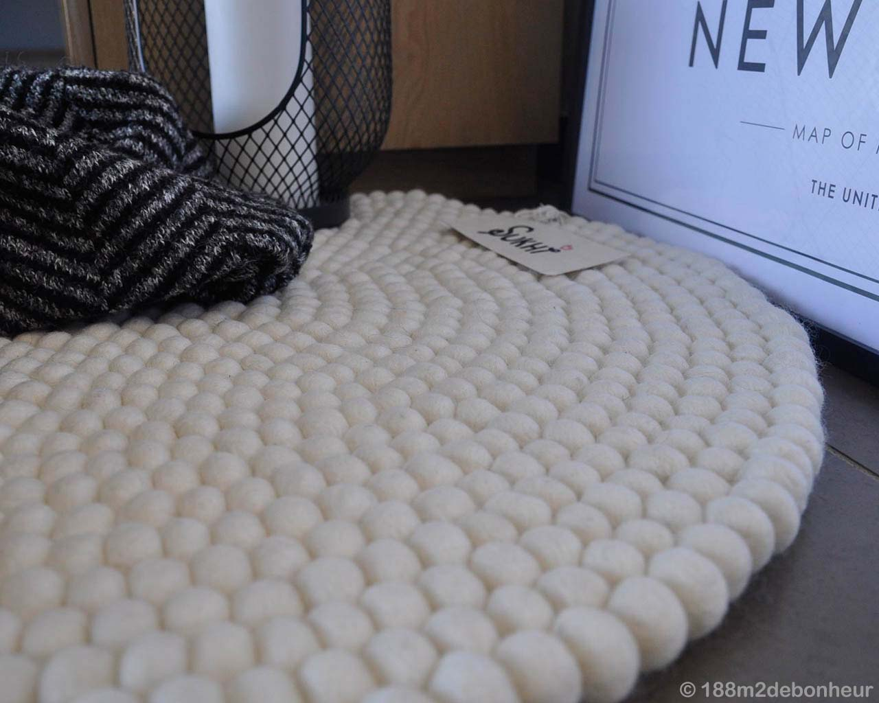 nepalian made milky white felt ball lounge rugs