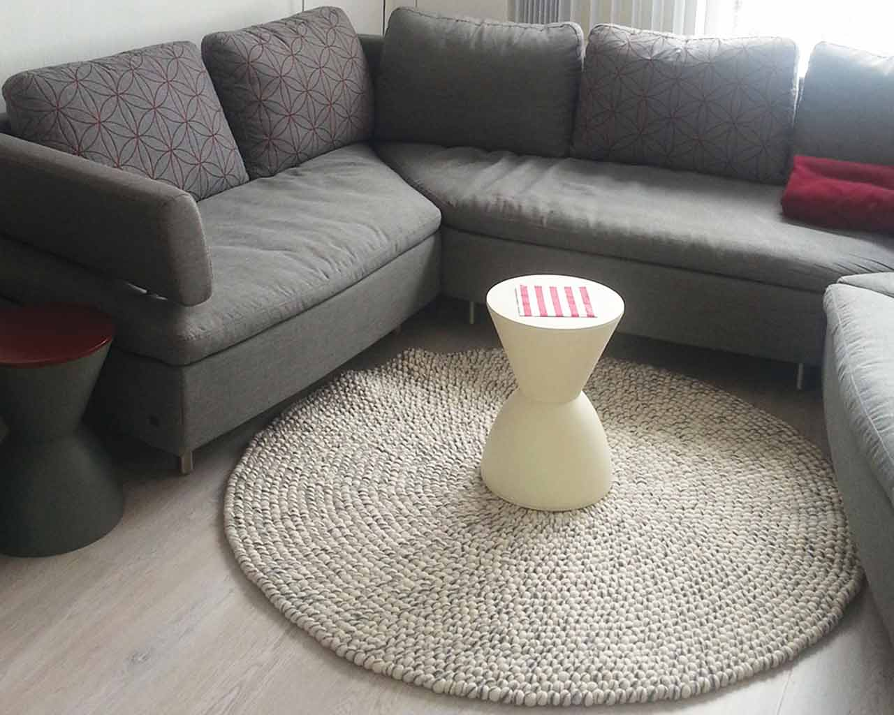 buy white table light grey couch